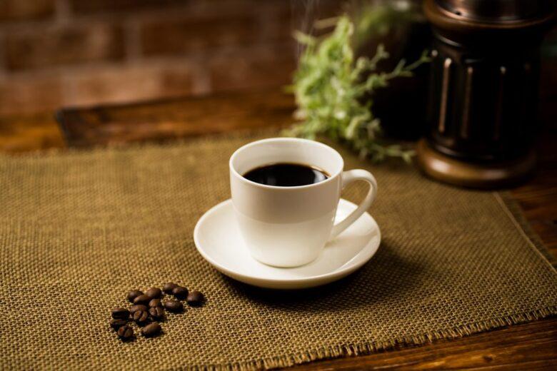 ワキガ体質とコーヒーの相性は悪い?成分の効果やおすすめの飲み方