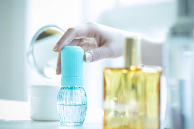 ワキガ対策に香水が使える!初めてでもわかる選び方・付け方